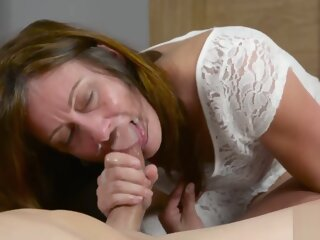 Crazy sex video Amateur moms..