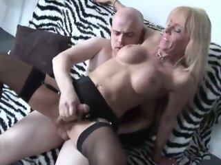 nasty Blond shelady Sucks..