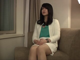 Horny Japanese whore Maika..